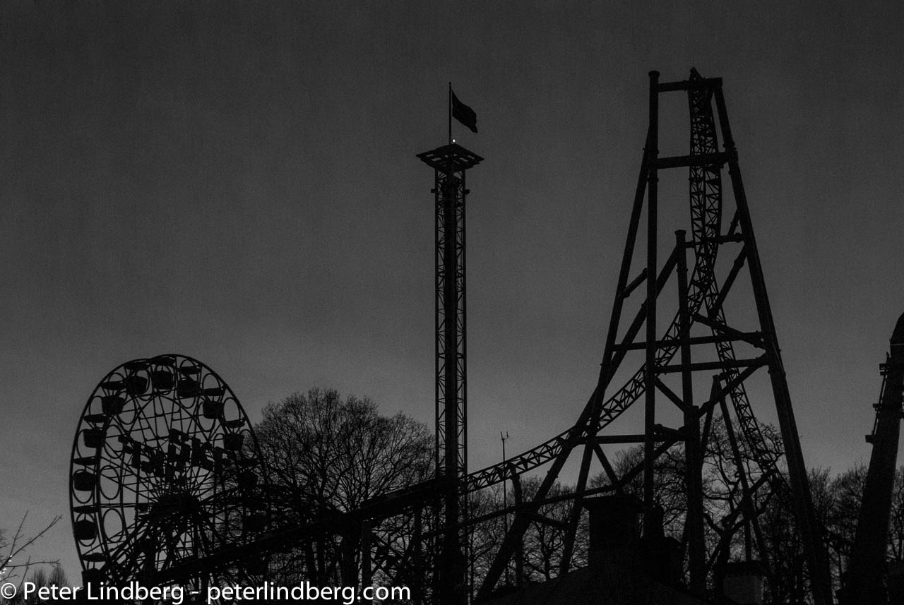 At Night: We Are Closed - Peter Lindberg Photography
